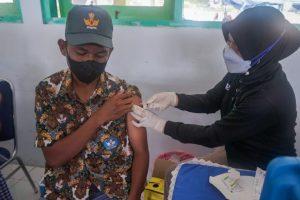 Vaksinasi Ternate